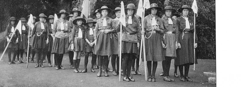 cropped-girl-guides_marching766